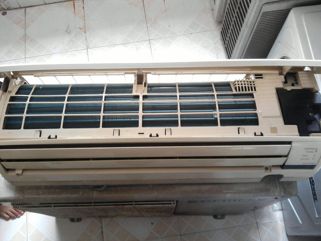 Aircon Systems (Daikin Toshiba Fujitsu Panasonic Sanyo Mitsubishi  #756756